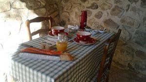 petit-dejeuner-dehors